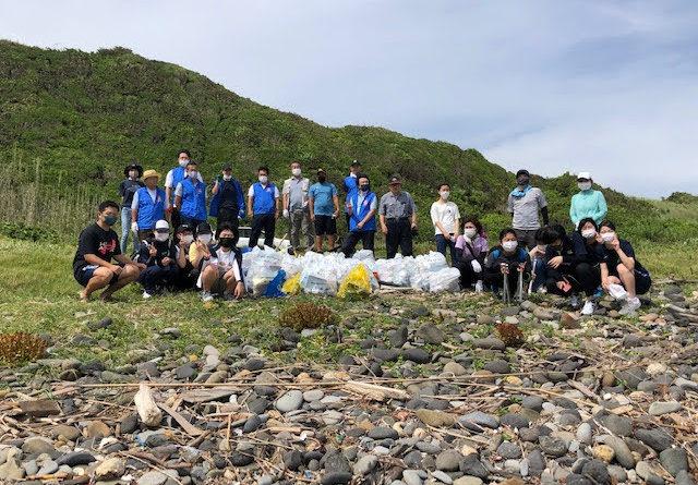 壱岐高校インターアクト海岸清掃例会を開催しました